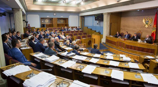 Crnogorska Skupština – od parlamentarne diktature do glasačke mašine